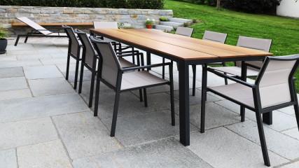 Gartentisch Edelstahlgestell pulverbeschichtet, Tischplatte Kambala Iroko