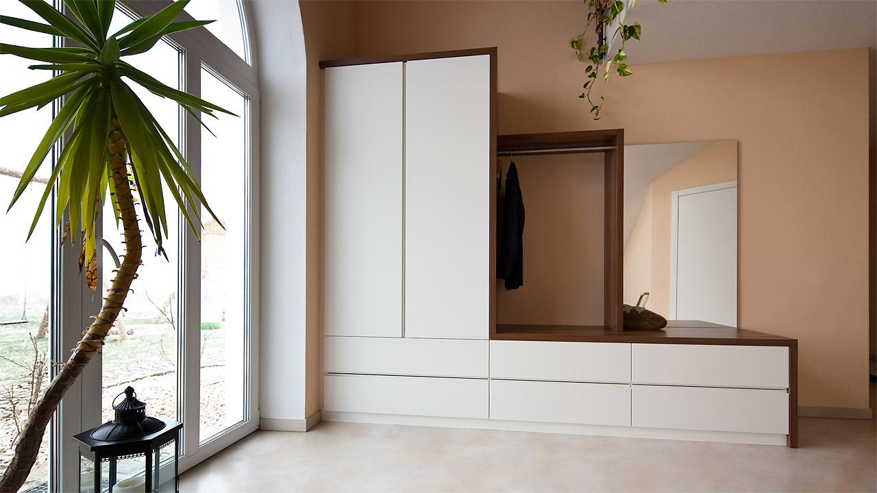garderobenmoebel 1 3. Black Bedroom Furniture Sets. Home Design Ideas