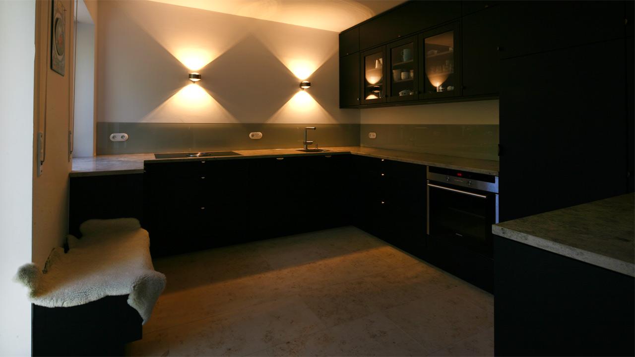 schreinerkueche 18 1. Black Bedroom Furniture Sets. Home Design Ideas